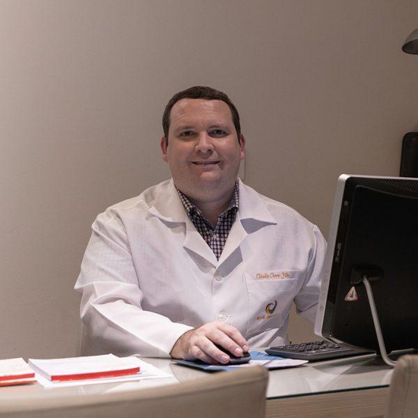 Dr Claudio Chaves Filho